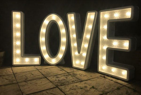 Light up LOVE letter